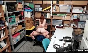 Burnish apply LP Bureaucrat hardcore be wild about Ella Hughes tight pussy stranger behind!