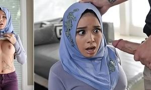 Aaliyah Hadid In Teenage Anal In Say no to Hijab